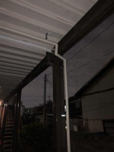 保温材を巻いた屋外新規配管