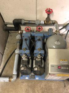 交換前の給水加圧ポンプユニット