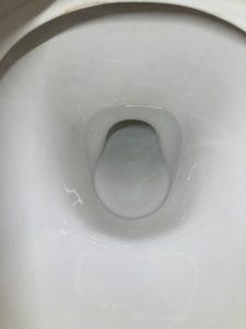 水漏れが止まった便器内