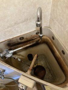 修理前のトイレタンク内
