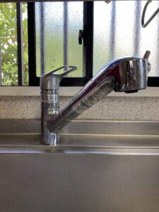 既設の浄水器内蔵型ハンドシャワー付混合栓