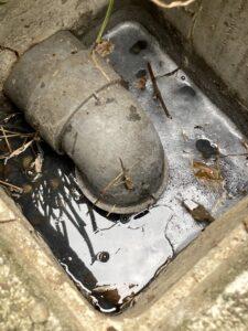 交換前の排水マス内