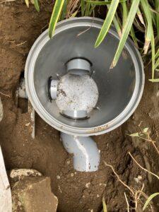 交換後の排水マス内